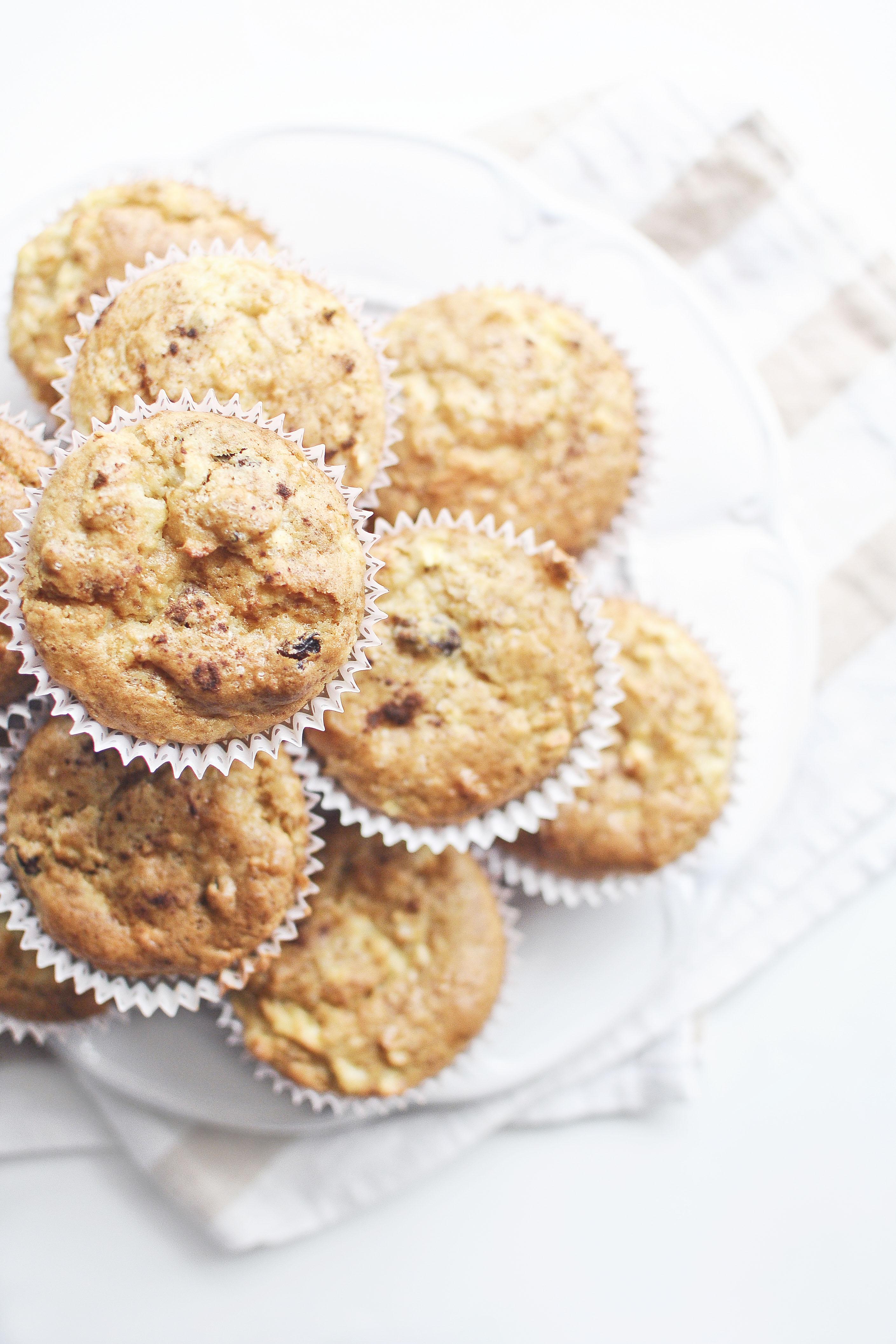 Muffinki z jabłkami.